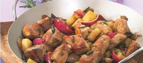 Hamlapje met aardappel en rozemarijn