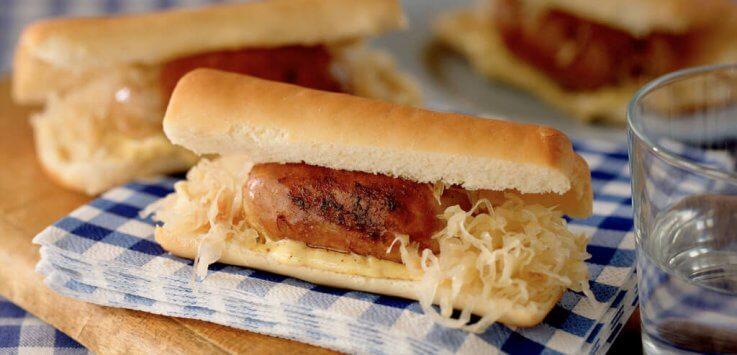 Hotdogs met saucijsjes