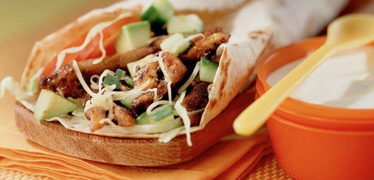 Mexicaanse tortilla met varkensvleesreepjes