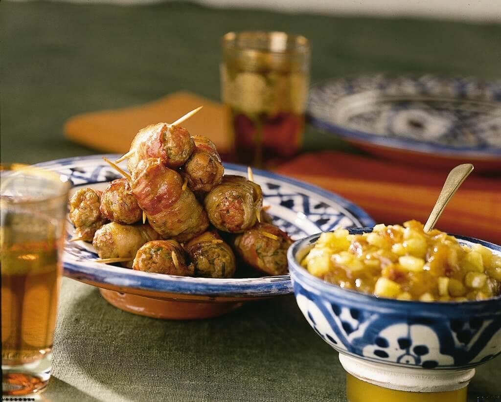 Mini-slavinkjes met vijgen-ananas-chutney