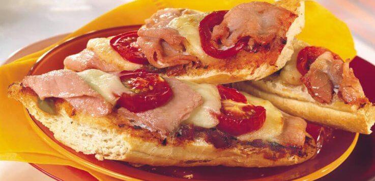 Bacon-pizza-broodjes